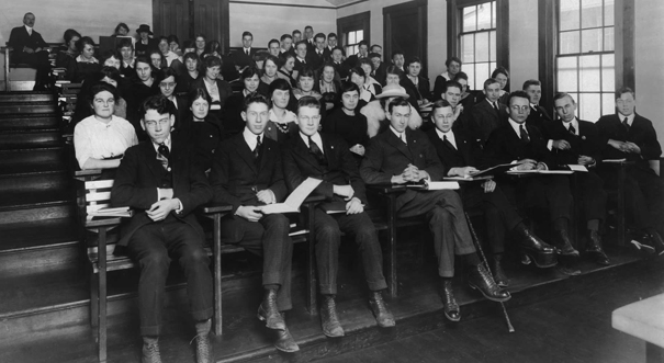 university students in classroom 1919